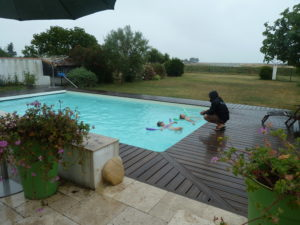Cours de natation pour enfant avec Josselin, coach et maître-nageur