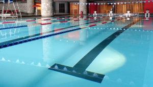 Piscine de Val d'Isère : aquagym, aquabike avec Josselin coach sportif et maître-nageur